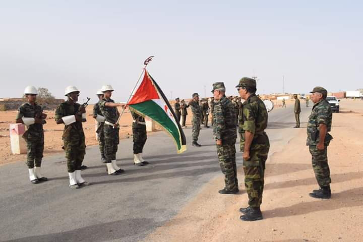 Brahim Gali supervisa la preparación combativa de una unidad militar de las fuerzas especiales