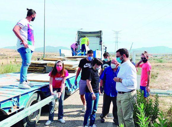 El Ayuntamiento de Lorca entrega tres casas prefabricadas que serán centros de salud y escuelas para los campos de refugiados de Tinduf – La Actualidad