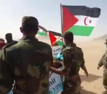 Manifestantes saharauis irrumpen en sede de la MINURSO (ONU) en la localidad liberada de Agüenit (Sáhara Occidental)