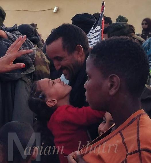 Los soldados saharauis vuelven a reunirse con sus familiares tras 44 días de batallas
