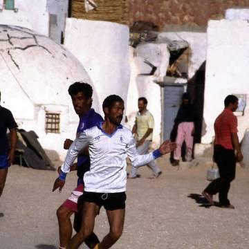 Cuando Marruecos abandonó a sus soldados y los saharauis les cuidaron   Diario de Navarra