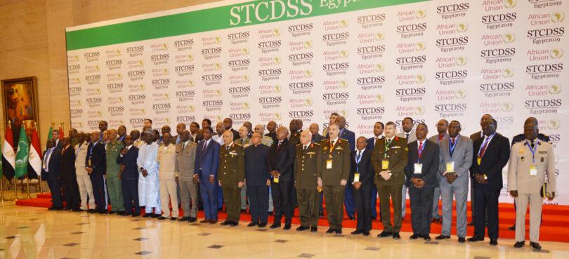 Los Ministros de Defensa africanos aprueban un documento que autoriza el uso de la fuerza para liberar un país ocupado – El Portal Diplomático