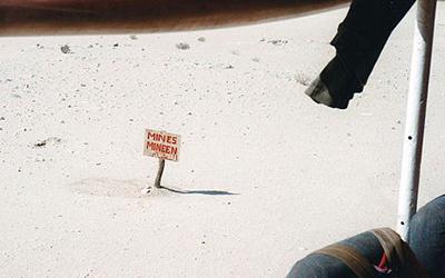 Mines al desert, el mur oblidat del Sàhara Occidental | Federació ACAPS