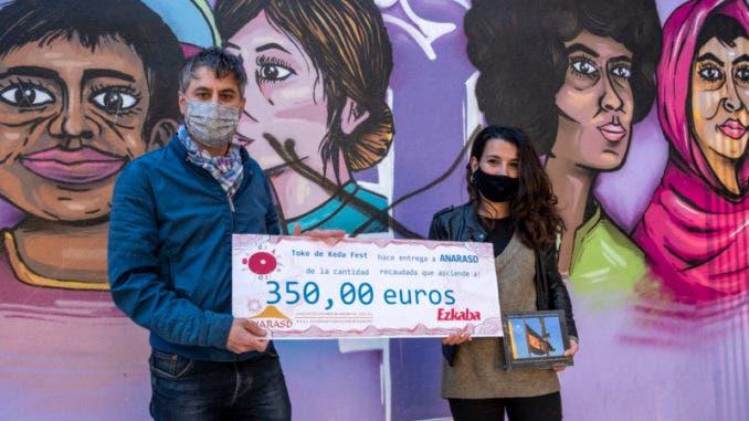 ANARASD recoge la recaudación solidaria del 'Toke de Keda Fest'