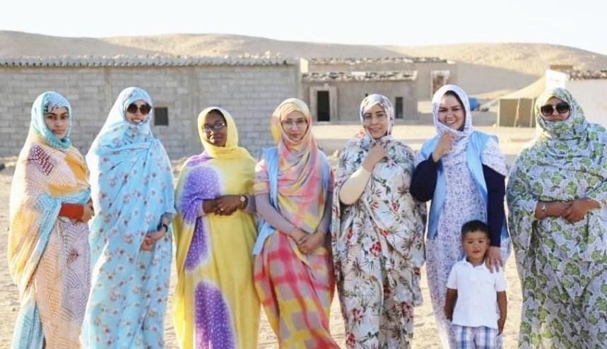 """""""La huella del bien"""": Asociación de mujeres jóvenes saharauis que brinda ayuda humanitaria voluntaria a familias más necesitadas en los campamentos de refugiados"""