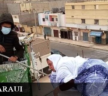 Un agente marroquí ataca a Sultana Jaya e intenta tirarla a la calle desde el tejado de su casa