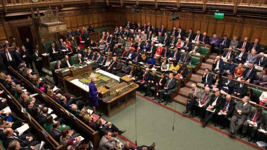 26 Parlamentarios británicos promueven una moción que condene la represión marroquí en el Sáhara Occidental