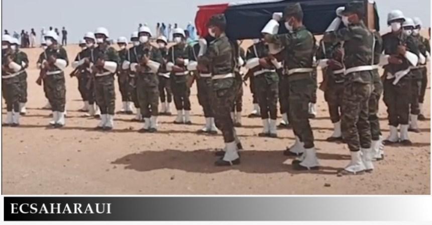 El pueblo saharaui entierra a uno de sus líderes más prominentes fallecido este domingo por Covid