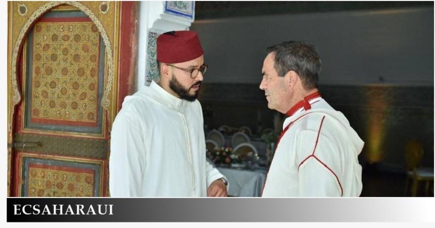 El ex ministro socialista José Bono viste chilaba en una boda «diplomática» en Marruecos