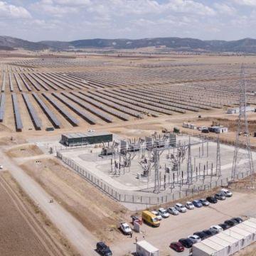 CCOO denuncia que 28 trabajadores saharauis del «mayor complejo» de energía solar de la región llevan tres meses sin cobrar