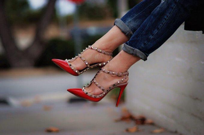 sepatu wanita terkenal dan termahal