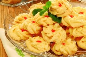 Cara Membuat dan Resep Kue Semprit Sagu