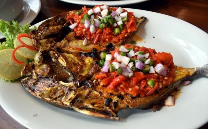 Cara Membuat dan Resep Ikan Bakar Rica-Rica