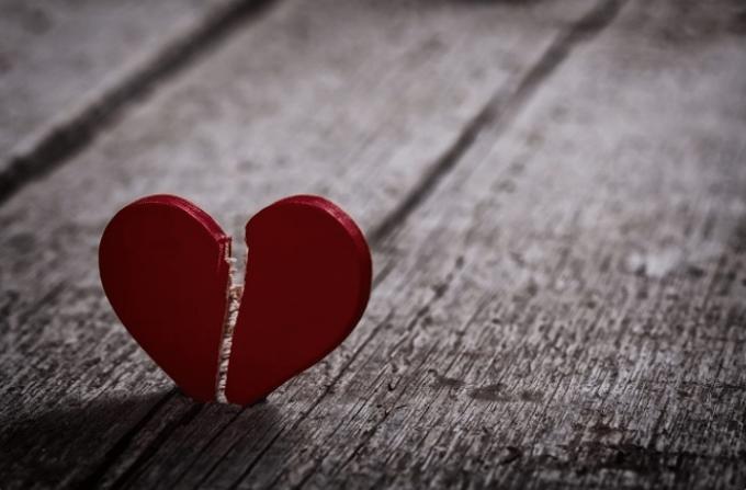 Kata-Kata Cinta Bertepuk Sebelah Tangan