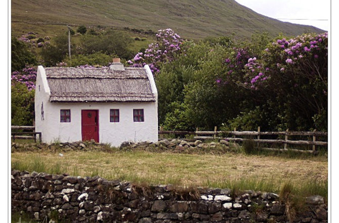 Cottage in Connemara/ ich seh' rot