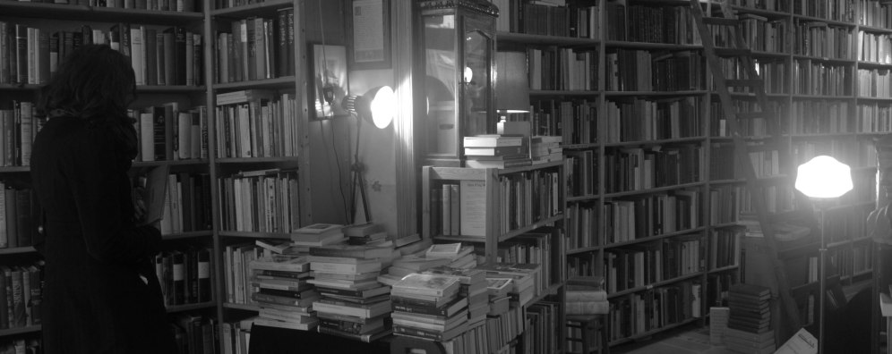 This was the coolest little, tiny second hand bookstore I've ever stumbled in to.