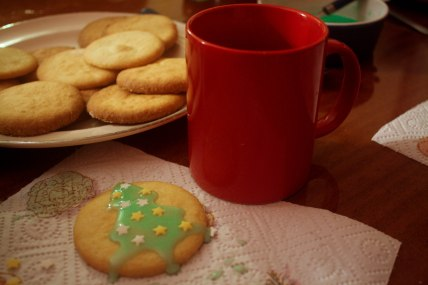 Cookies and vin chaud
