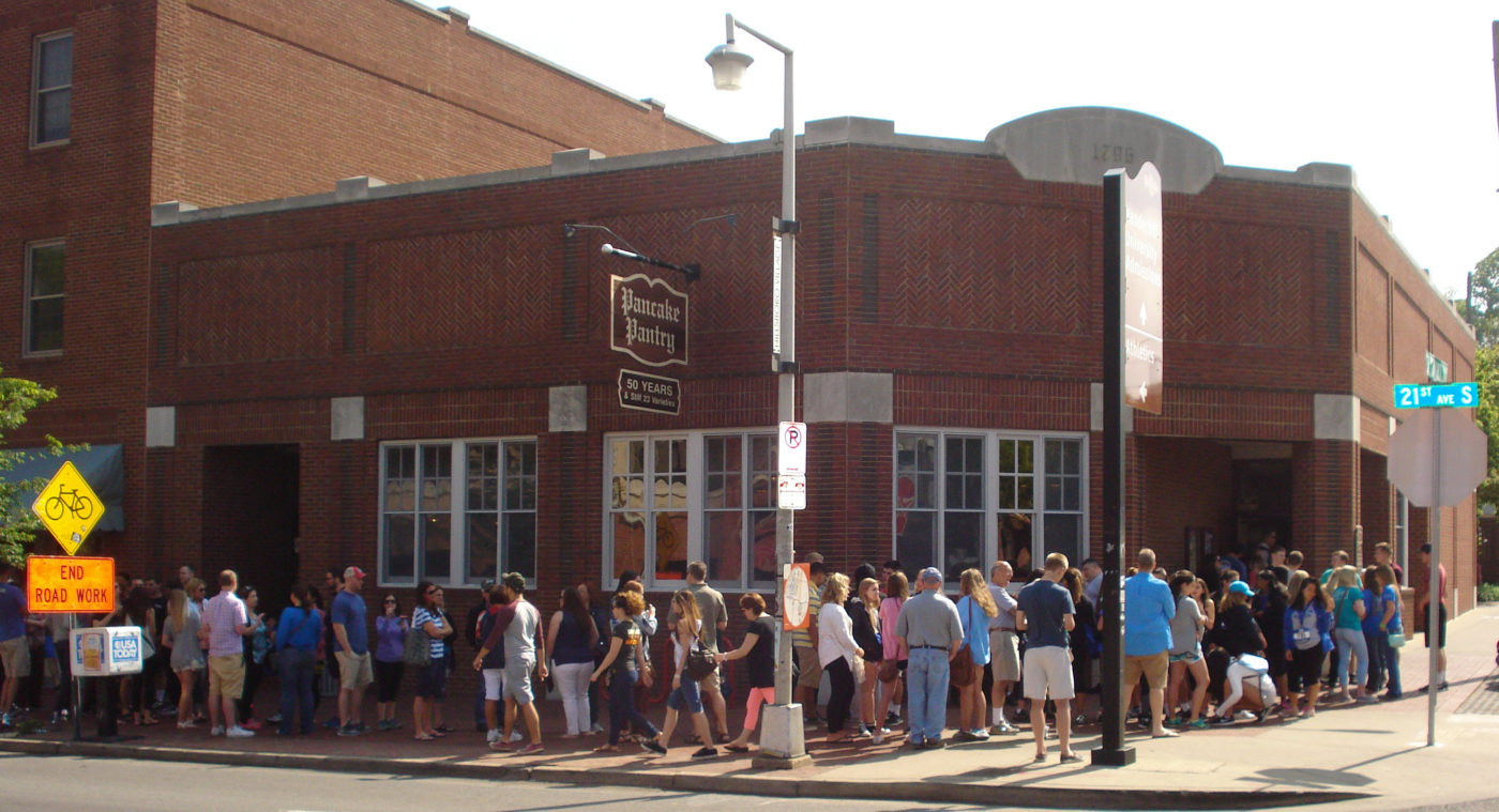 Line outside Pancake Pantry in Nashville