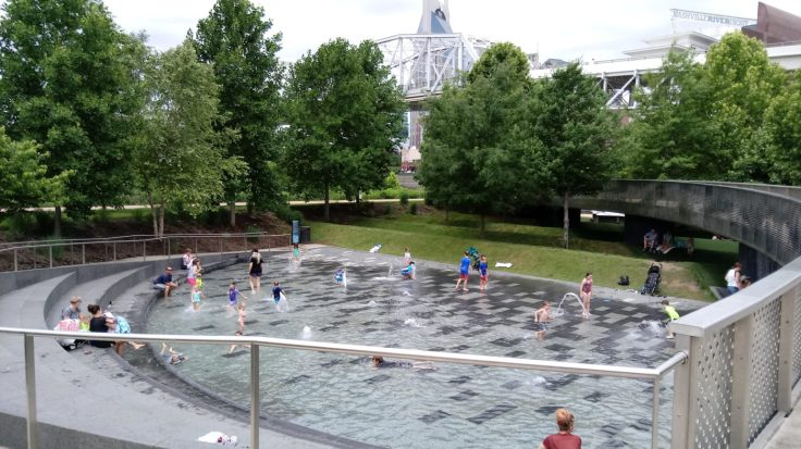 Cumberland Park splash pool, fun for kids