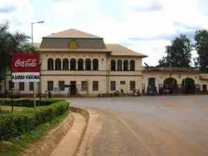 Main road, Kigoma, Tanzania (2012-04)
