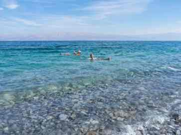 Carola floating at Qerim Beach at the Dead Sea, Israel (2017-01-05)