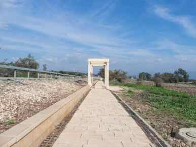 Gospel trail towards Capernaum, Sea of Galilee, Israel (2017-01-22)