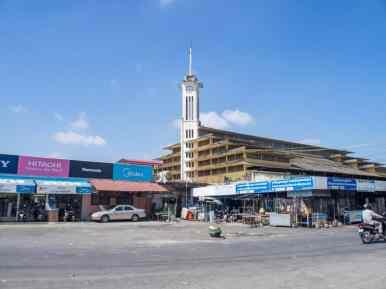 Battambang covered market, Cambodia (2017-04-23)