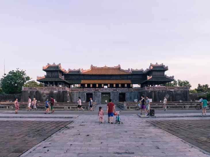 People doing sports before sunrise at the Hue Citadel, Vietnam (2017-06)