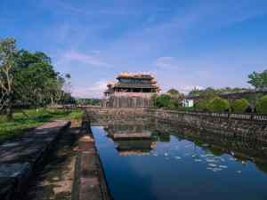 The moat out side the main gate of Hue Citadel, Vietnam (2017-06)