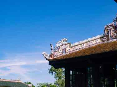 Roof decoration, Hue Citadel, Vietnam (2017-06)