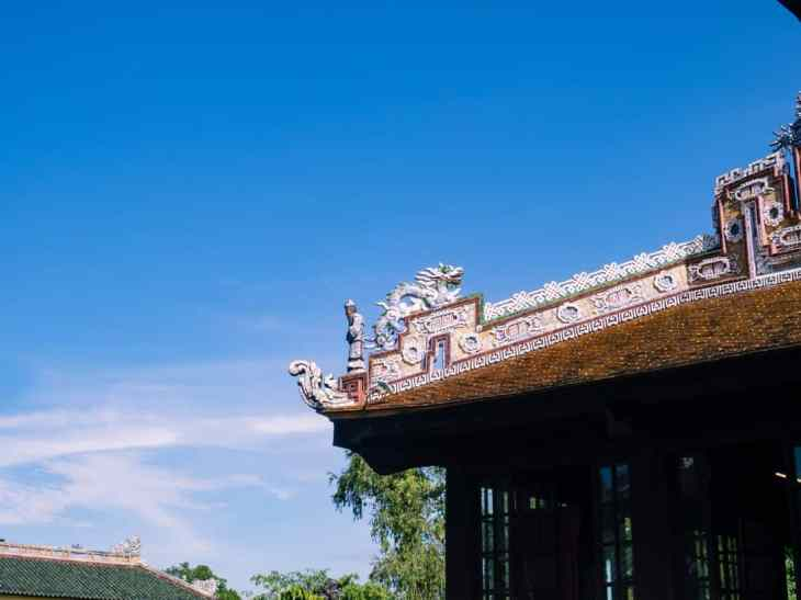 Roof decoration, Hue Citadel, Vietnam (2017-06)