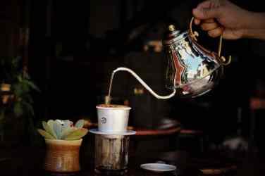 Phin Coffee Hoi An Phin brewing, Vietnam (2017-06)