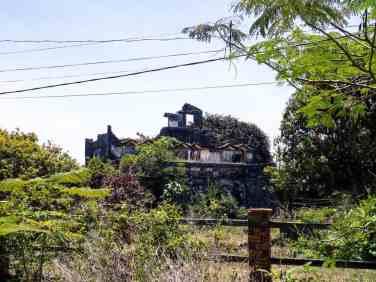 Ruined house, Kep, Cambodia (2017-04)