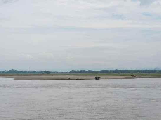 Irrawaddy River towards Mingun, Mandalay, Myanmar (2017-09)