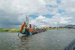 Inle Lake boat tour: Procession barge, Myanmar (2017-10)