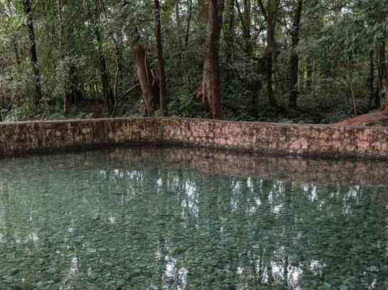 Inle Lake bike tour: Spring and pool, Myanmar (2017-10)