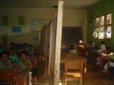 MI NIzomiyah 1 kelas dibagi 2 untuk kelas 3 dan 5 [2008]