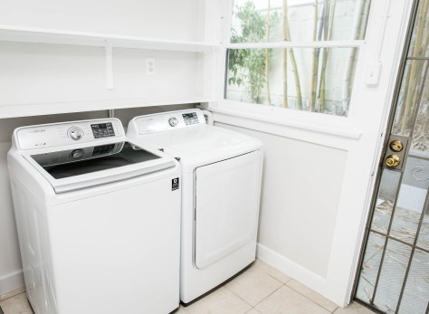 Laundry with Separate Entrance