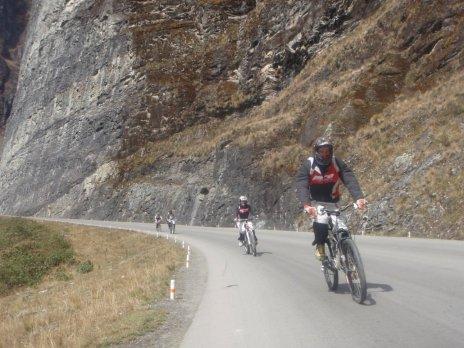 Death Road Bolivia racing downhill