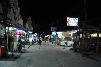Markets and shops stay open late