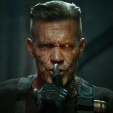 Ryan Reynolds reveals first pictures of CABLE from Deadpool 2!!