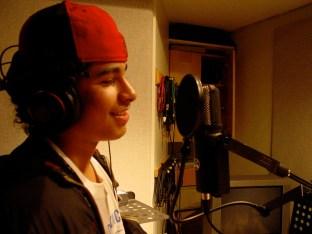 Kelvin Fernandezon the mic