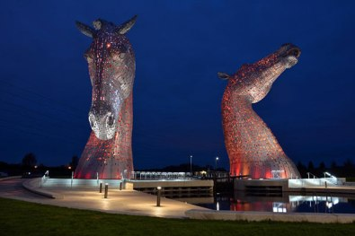 The-Kelpies-at-night-red