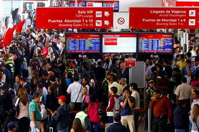 28 vuelos cancelados en el Bonilla Aragón por huelga de pilotos de Avianca
