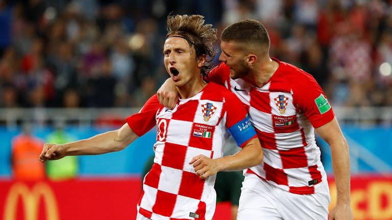 Croacia le ganó a Nigeria y es líder del Grupo D