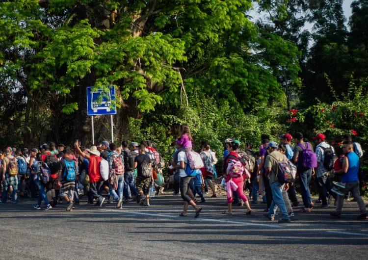 Aumenta 600 % el número de familias que cruzan ilegalmente a EE.UU, según el DHS