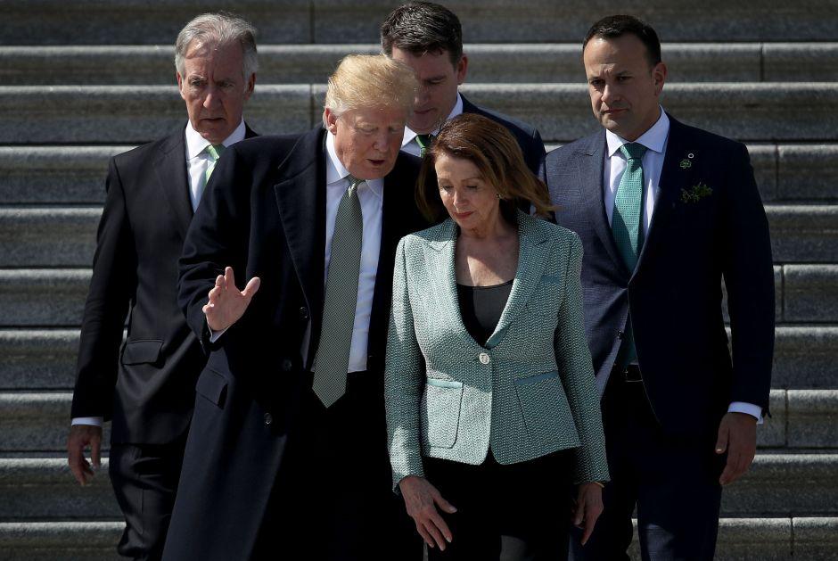 Nancy Pelosi habría convencido a Trump de posponer gran redada deICE