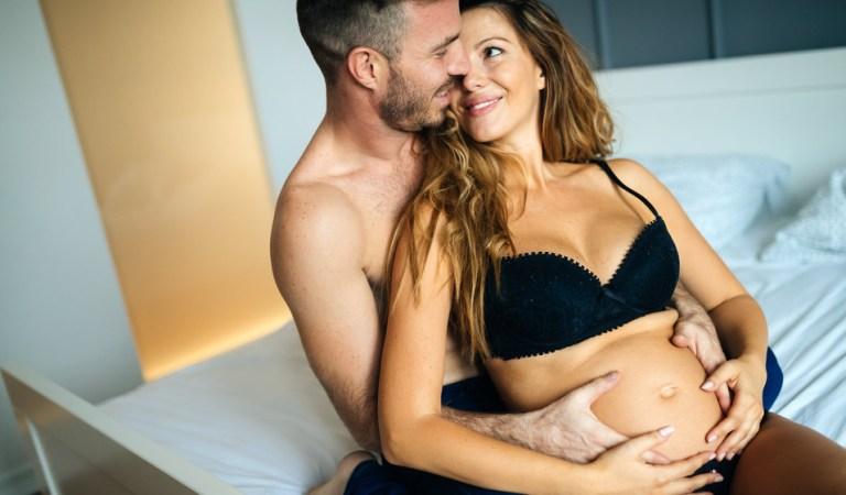 ¿Cuáles son los beneficios de practicar el sexo durante el embarazo?