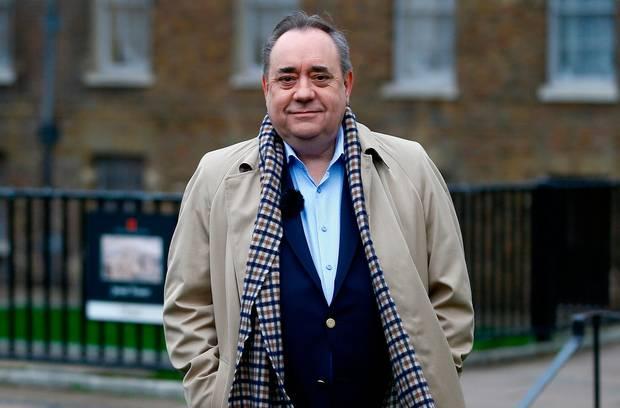 El ex primer ministro escocés Alex Salmond acusado de intento de violación
