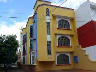 979ecf20-11ce-11e4-9280-97a398603f6b_P1230099-1-Uno-de-sus-edificios-de-departamentos-en-renta-en-la-colonia-Luneta-Zamora-e1406023961372